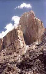 Транго - большая стена